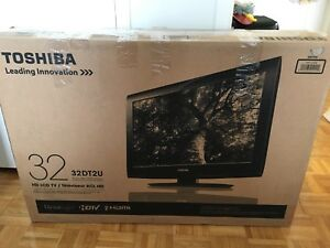 "Toshiba  HD 32""tv"