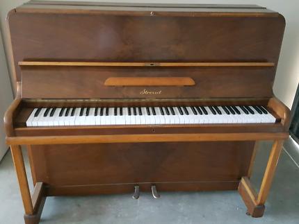 Stround Antuque piano SALE