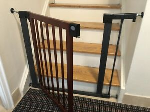 Selling fence and gate used for toddlers and pets