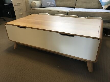 Retro Coffee Table With Drawers