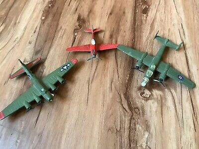 Lot - 3 B-17, B25 J, P40 Flying  Tiger Road Champs  Die Cast Metal Airplanes, used for sale  Glendale