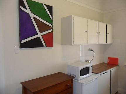 CONCORD WEST BOARDING HOUSE Furnished Flat $230p/w + 2/w BOND