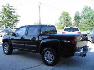 GMC Canyon pick up of road with 4x4 mint conditions