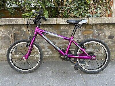 Islabikes Cnoc 16 Girls Kids Bike Purple Pink Light Aluminium Stabilisers Age 4+