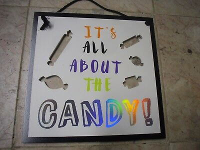 New Spritz  Halloween Hanging Sign Candy