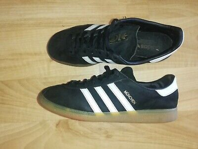 MENS ADIDAS MUNCHEN BLACK AND WHITE TRAINERS SIZE 11 SUPERB 🇩🇪🇩🇪