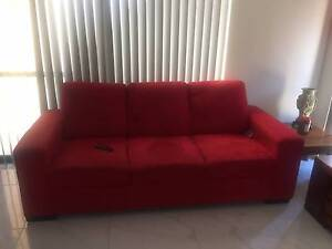 1 x 3 and 1 x 2.5 seater couches Thornlie Gosnells Area Preview
