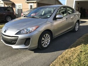 2013 Mazda 3 GS Skyactive Low KMs (sold ppu)