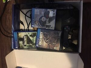 500 GB PS4 with games