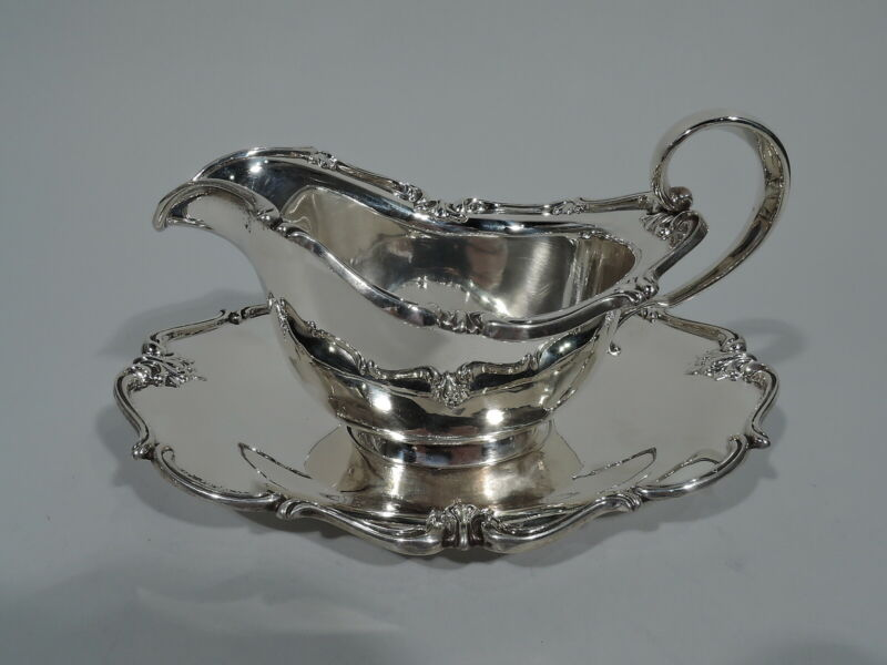 Frank M Whiting Gravy Boat on Stand - 2287 - Sauce - American Sterling Silver