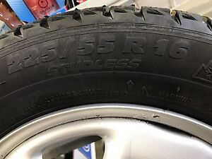 225/55/16 WINTER SNOW TIRES AND RIMS Oakville / Halton Region Toronto (GTA) image 4