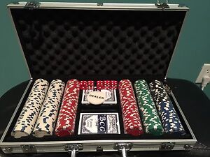 NEW Poker Chip Set
