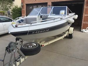 Marvac  Boat and trailer