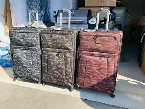Brand new camo suit case soft side 3 Large 32 inch