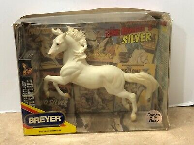 Breyer #574 The Lone Ranger's Silver Horse Figurine with Video (VHS)