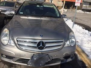 Mercedes R320 (great deal)