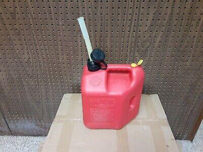 Vintage Blitz Pre Ban 2 Gallon 8 Ounce Gas Can With Flexible Spout Model 11810