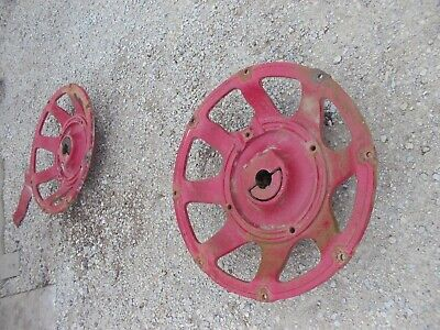 International Farmall 656 High Util Tractor Ih Cast Wheel Hubs Centers 388336 R1