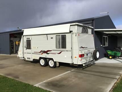 2004 Coromal Seka 535 Caravan