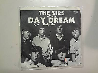 Sirs  Daydream 2 25 Help Me 2 15 U S  7  1965 Amreco Music M 103 Original Psl