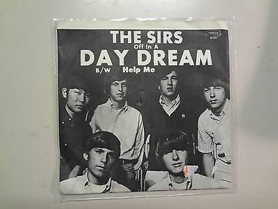 Sirs  Daydream 2 25 Help Me 2 15 U S  7  1965 Amreco Music M 103 Original Psl