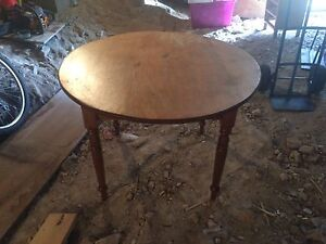 Antique dining table Richmond Clarence Area Preview