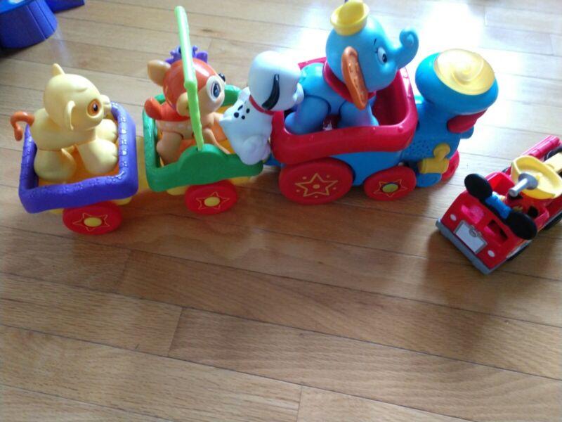 Fisher Price Disney Baby Sing-Along Choo-Choo Train Dumbo Simba Dalmation Bambi