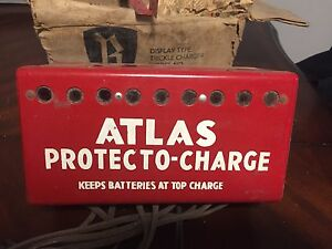 Nice Vintage ATLAS Batteries Charger NOS