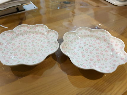 Two small sweet dishes