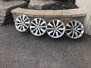 4 mags Mazda 16' ( en aluminum ne rouille pas)