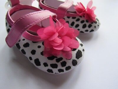 Luvable Friends Baby Girl Slip-On Baby Bootie Printed Pink Flower Mary Jane Shoe