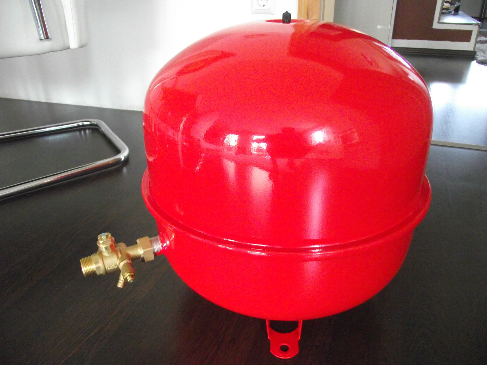 35 L Ausdehnungsgefäß Druckausdehnungsgefäß für Heizung rot Öl Gas Koks Holz