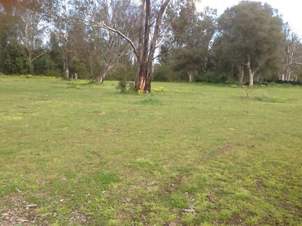 Do you have acres near Tamworth you don't use? Oxley Vale Tamworth City Preview