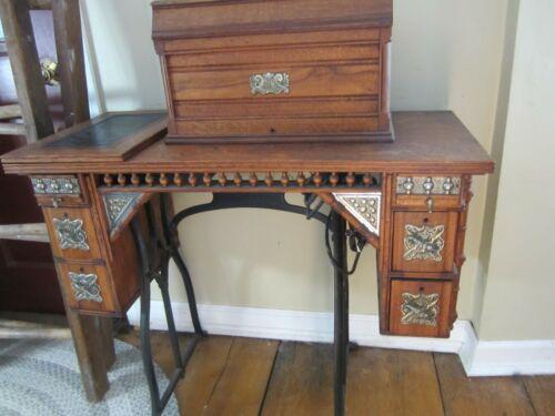 Wheeler & Wilson Treadle Sewing Machine Oak Cabinet Bridgeport Key and Extras