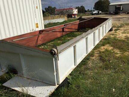 Tipper Grain Trailer Tandem Hocking Wanneroo Area Preview