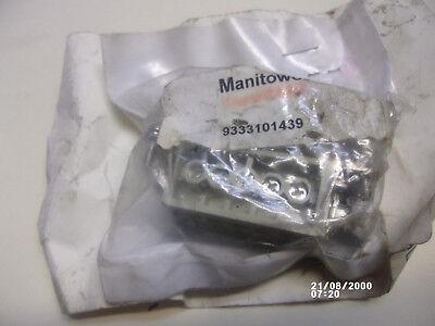 Manitowoc National Crane Care 9333101439 Female Insert