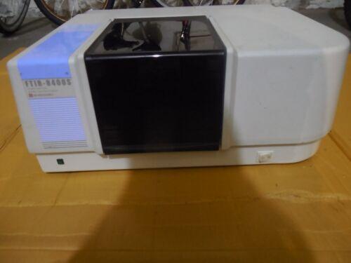 SHIMADZU FTIR 8400S SPECTROPHOTOMETER SCIENTIFIC INSTRUMENT ANALYTIC EQUIPMENT