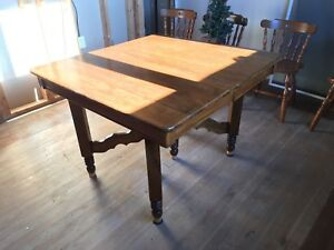 Antique Solid Wood 6 Leg Table