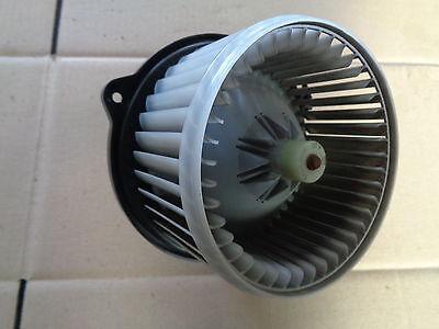 Daihatsu Trevis 1,0 43KW 06- Gebläsemotor Heizungsgebläse 272700-0201