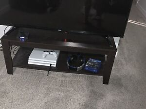 Coffee table /tv stand from lord Selkirk