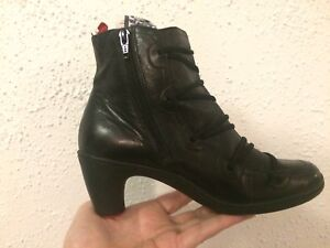 Women or girl black leather boots size 37