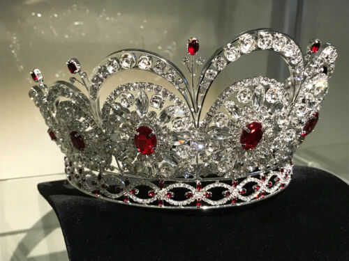 MISS UNIVERSE DIAMOND NEXUS CROWN (2009)