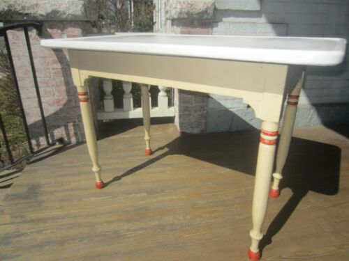 Vintage/Antique Enamel top table kitchen table 1930-40
