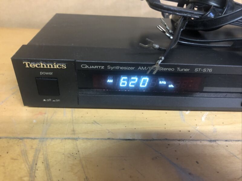 Technics ST-S76 Quartz Synthesizer AM/FM Stereo Tuner w/ Power Cord ~ WORKS WELL