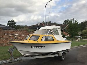 16FT Stejcraft Half Cabin Boat w/Johnson 50HP Outboard and Trailer Kariong Gosford Area Preview