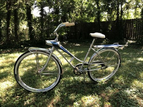 1960's Rare Vintage Otasco Flying O: Spaceliner Womens Bicycle (700 USD)