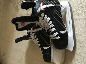 GREAT CONDITION 10$ SKATES