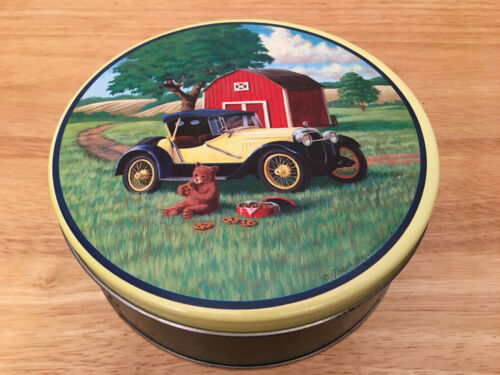 FRESH BEGINNINGS, INC Vtg. Bear Eating in Front of Car & Barn Metal Cookie Tin