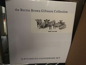 Bernie Brown Complete 16 pcs dinnerware set