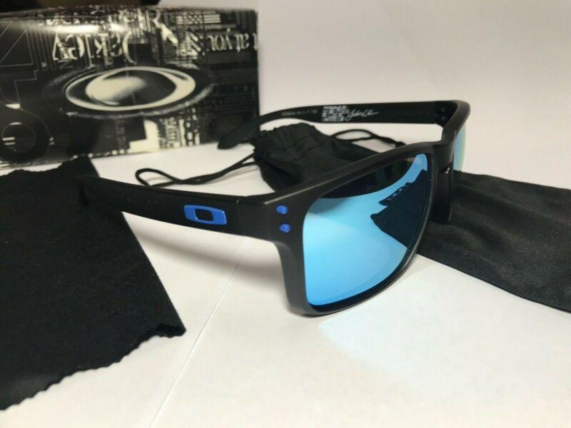 New Sunglasses Polarized Holbrook Matte Black/Sapphire Blue Iridium USPS